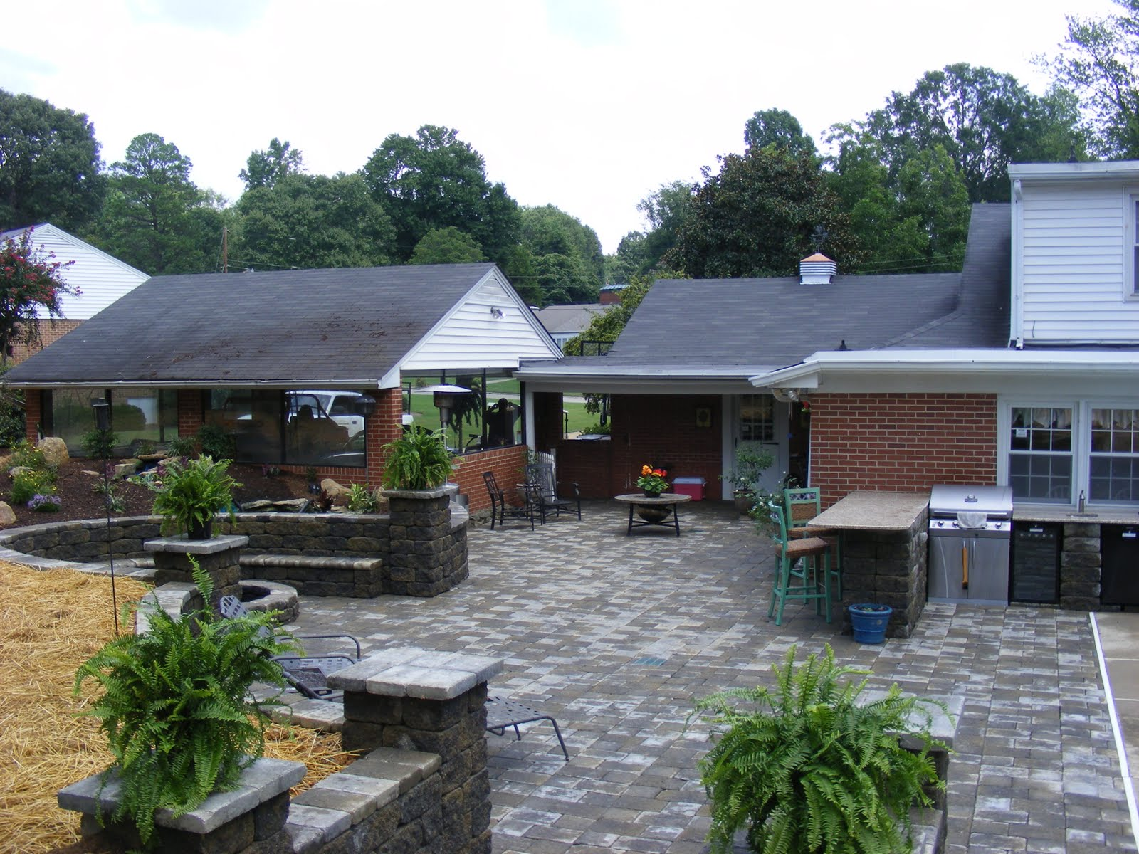 Wayne Dickerson Landscaping Llc Outdoor Kitchen And