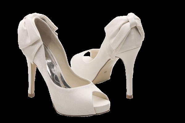 929de1b60 Ainda não comprei o sapato, aliás, nem o modelo eu escolhi....mas já estou  treinando em casa, de vez em quando, andar de salto. Pra quem usa butina  durante ...