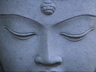 http://4.bp.blogspot.com/_t7gzdFMtqpQ/TQA6nbPktMI/AAAAAAAACeI/qmbzTx361z8/s1600/Stone_Buddha_by_bkapke.jpg