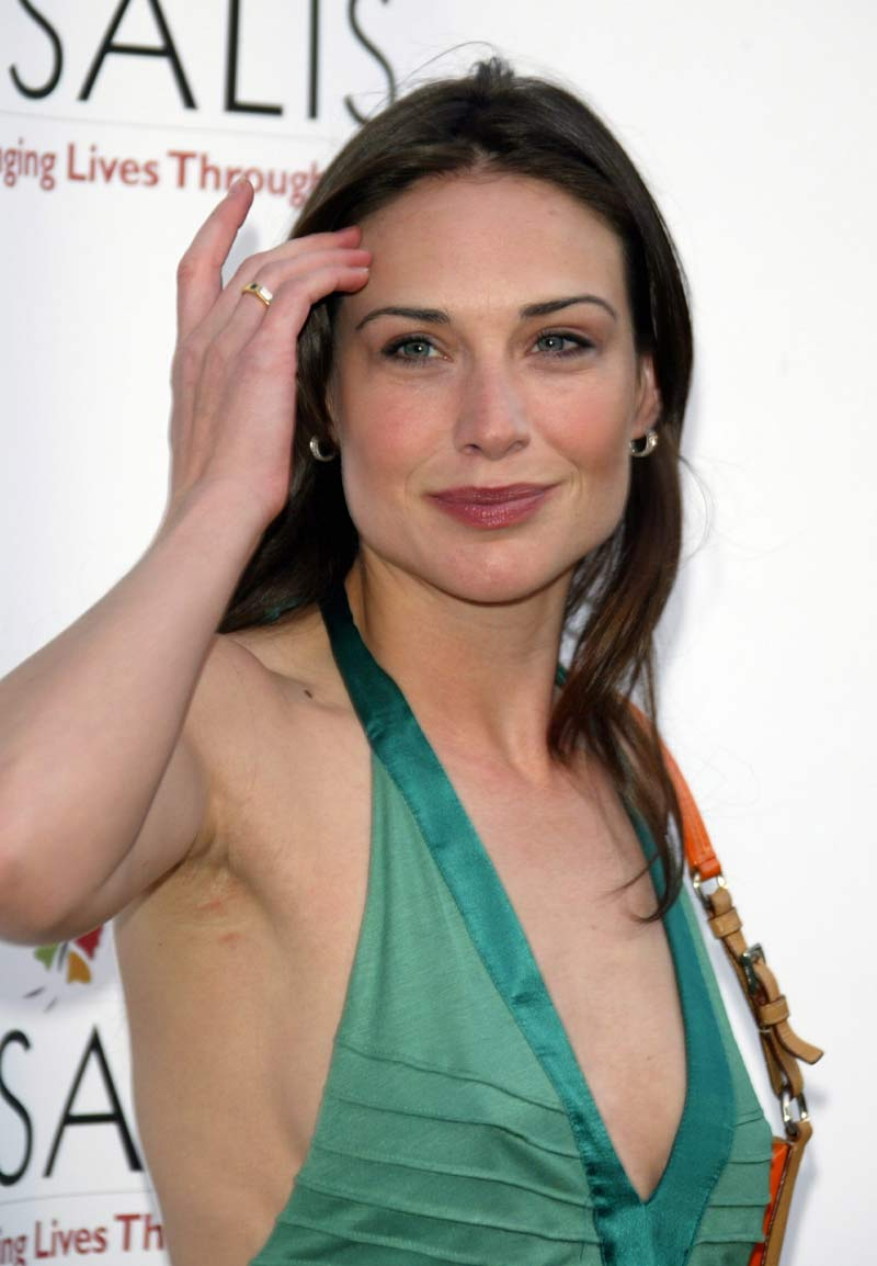 Claire forlani shower nude consider