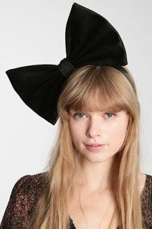 retour des headbands chez Urban Outfitters