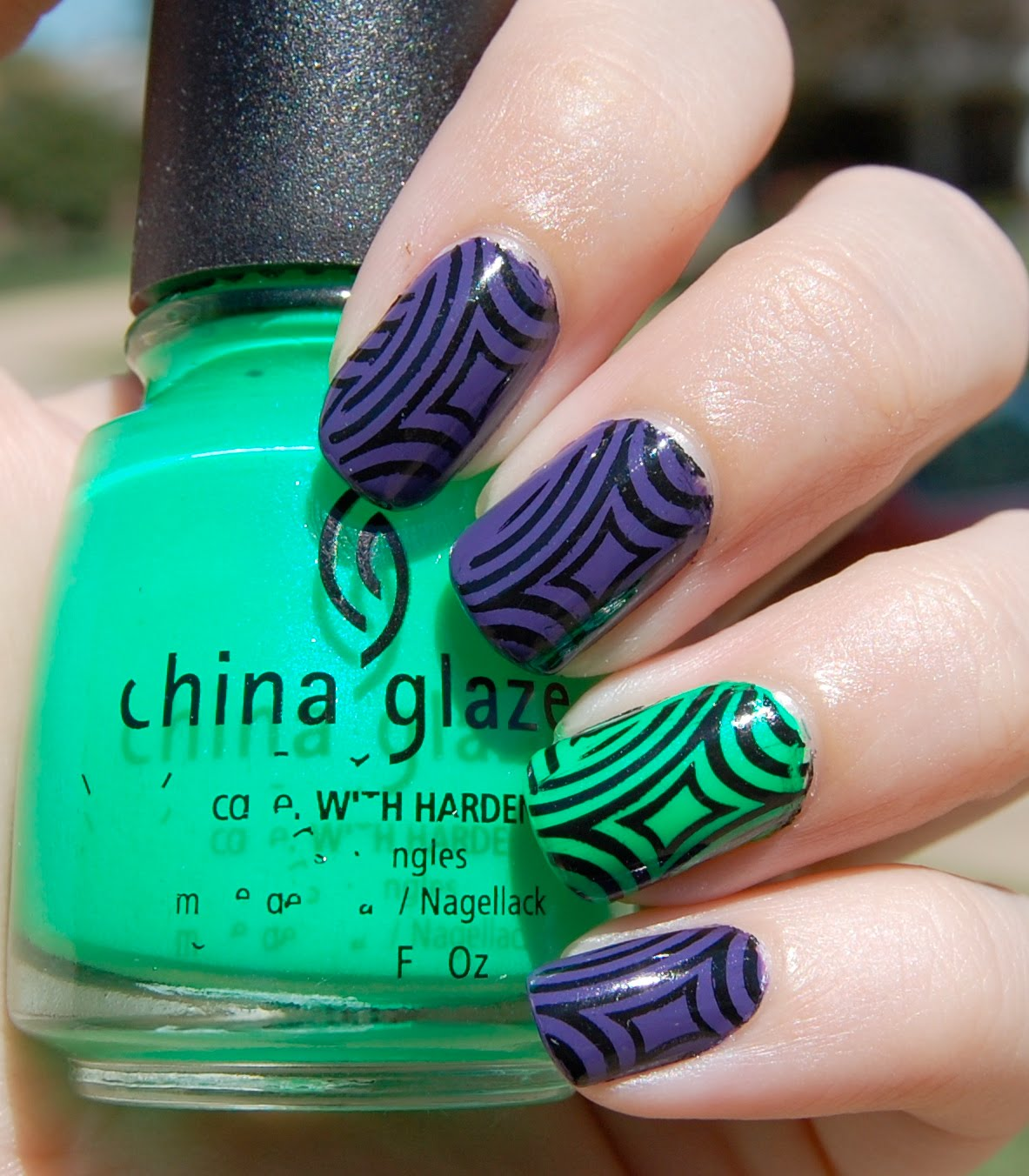 Lacquer Love: Hypnotize- Purple and Lime Green Konad