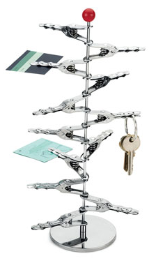 tower of alligator clips holding notes - and keys