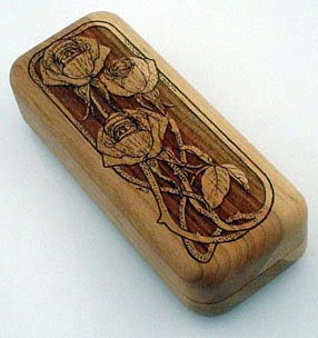 wood pencil box engraved with roses