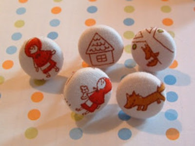 Little Red Riding Hood pushpins