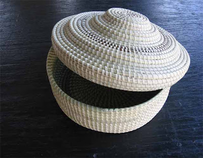 sweetgrass basket with lid