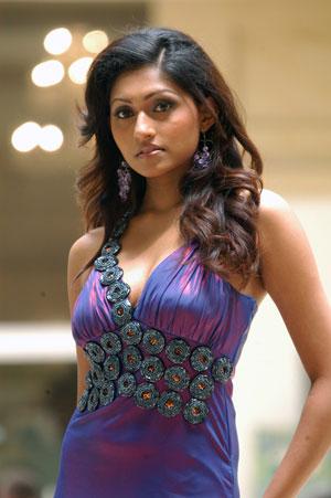 TamilCineStuff | : Aruni Rajapaksha hot sri lankan model