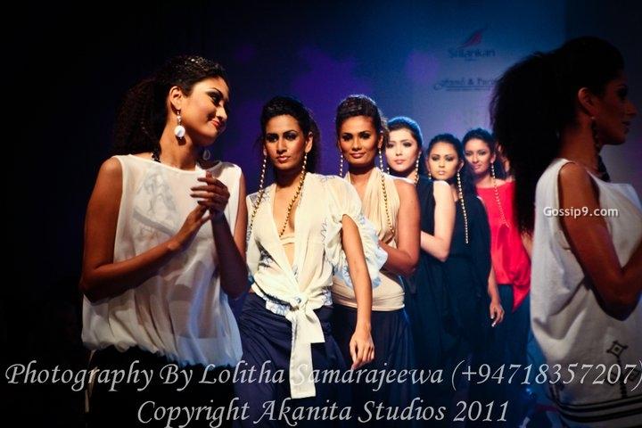 Srilanka Hot Sexy Actress Actors And Models Photos -8878