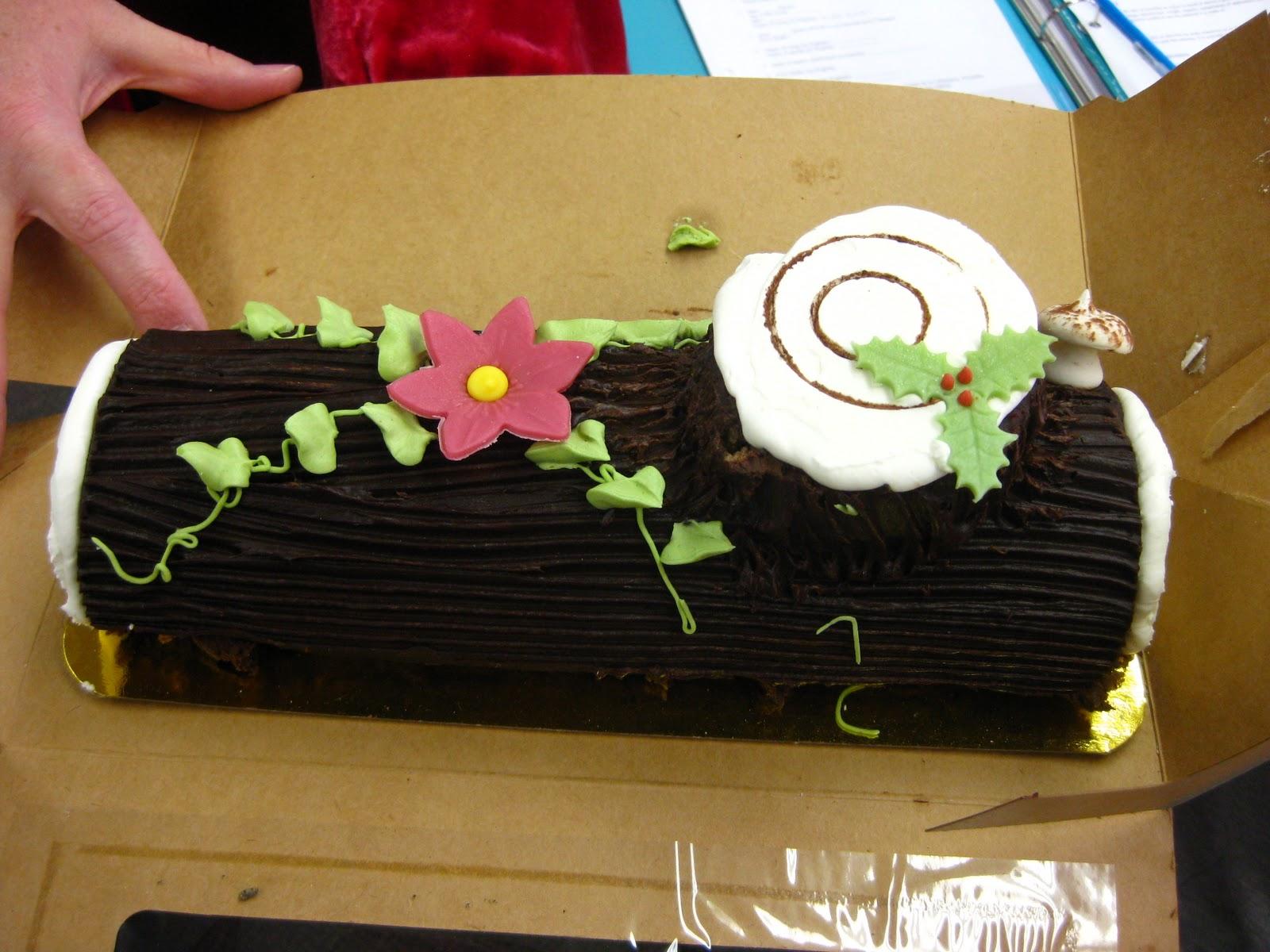 & Chez Renée: French Yule Log Cake