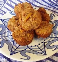 Tropical muffin recipe from Charter Yacht THREE MOONS - ParadiseConnections.com