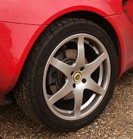 Lotus wheel disk brakes