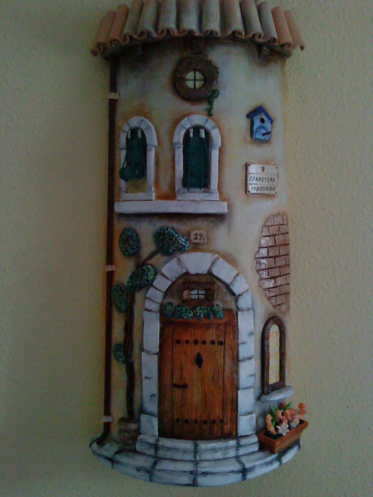 Imagenes Tejas Decoradas Óleo Y Más Teja Decorada En Relieve