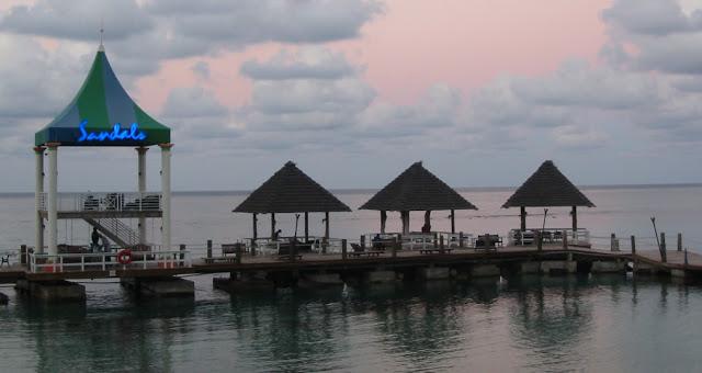 Sandals Grande Ocho Rios - Abendstimmung am Meer