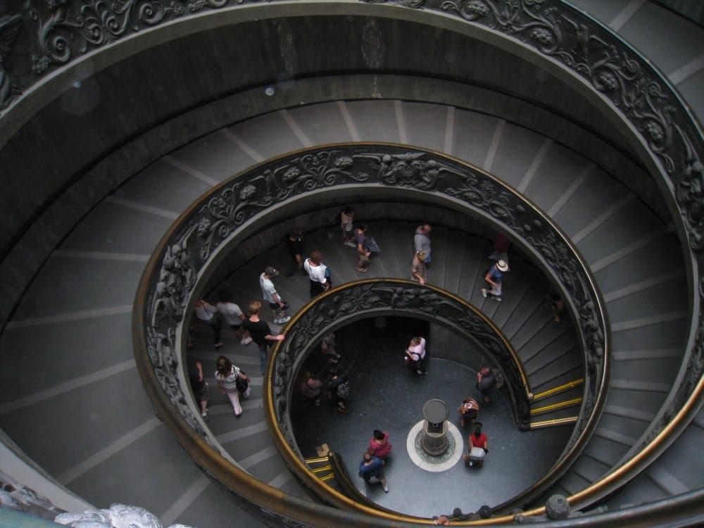 Treppenhaus in den Vatikanischen Museen, Rom