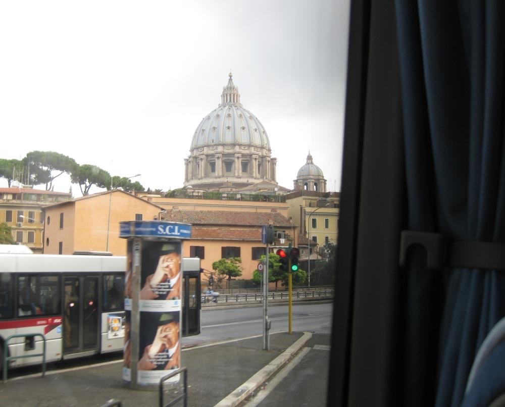 Rom: Blick auf den Petersdom