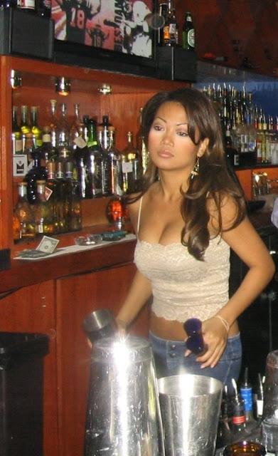 A primer classy girl huge saggy tits - 4 10