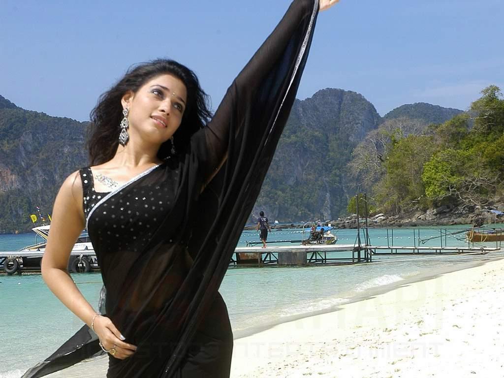 Tamanna Back: Bridal Saree: Actress