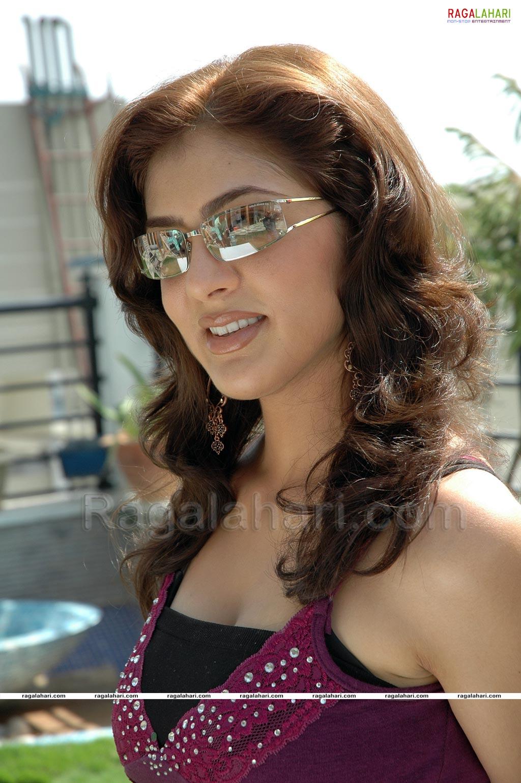 Telugu Chat Online Parvathi Melton Hot Photos