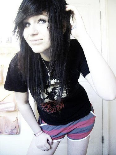 You emo girl hairstyles for teens for