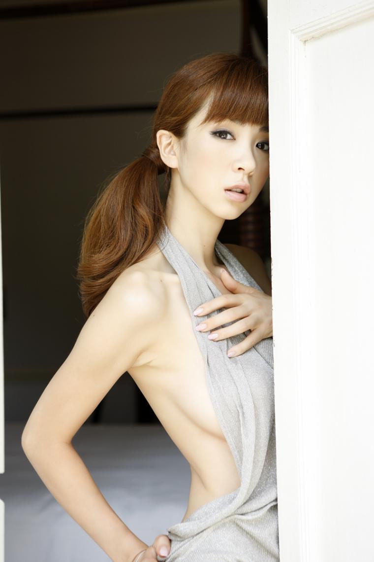 正妹tube: [Wanibooks]2010.3月号 No.69 星野亚希 ほしのあき Aki Hoshino