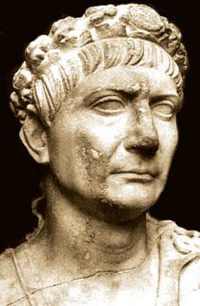 Imperatore Traiano al mercato