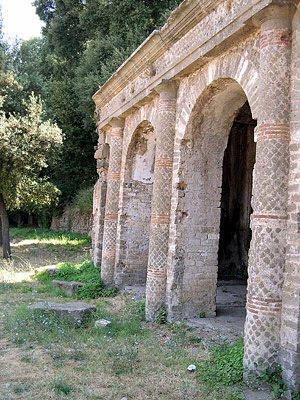 Culto di giunone hera for 1 piani di fattoria storia con avvolgente portico