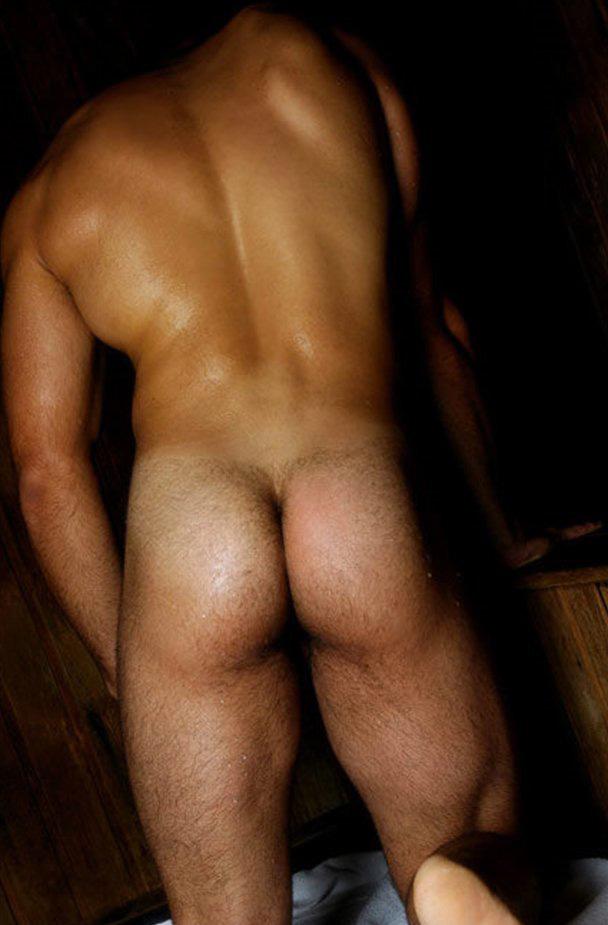 быть, фото голых задниц пацанов срывает него