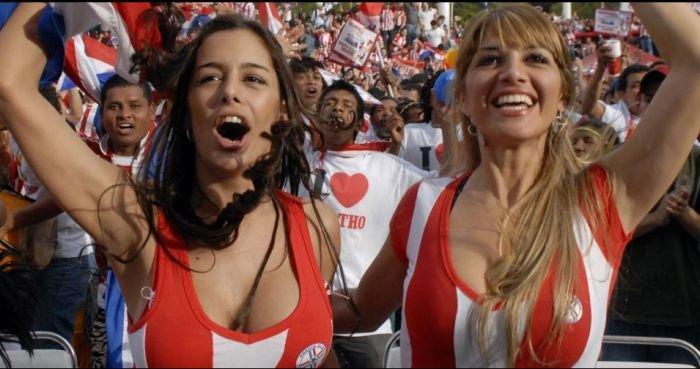 Paraguays sexiest fan Larissa Riquelme makes jaw-dropping