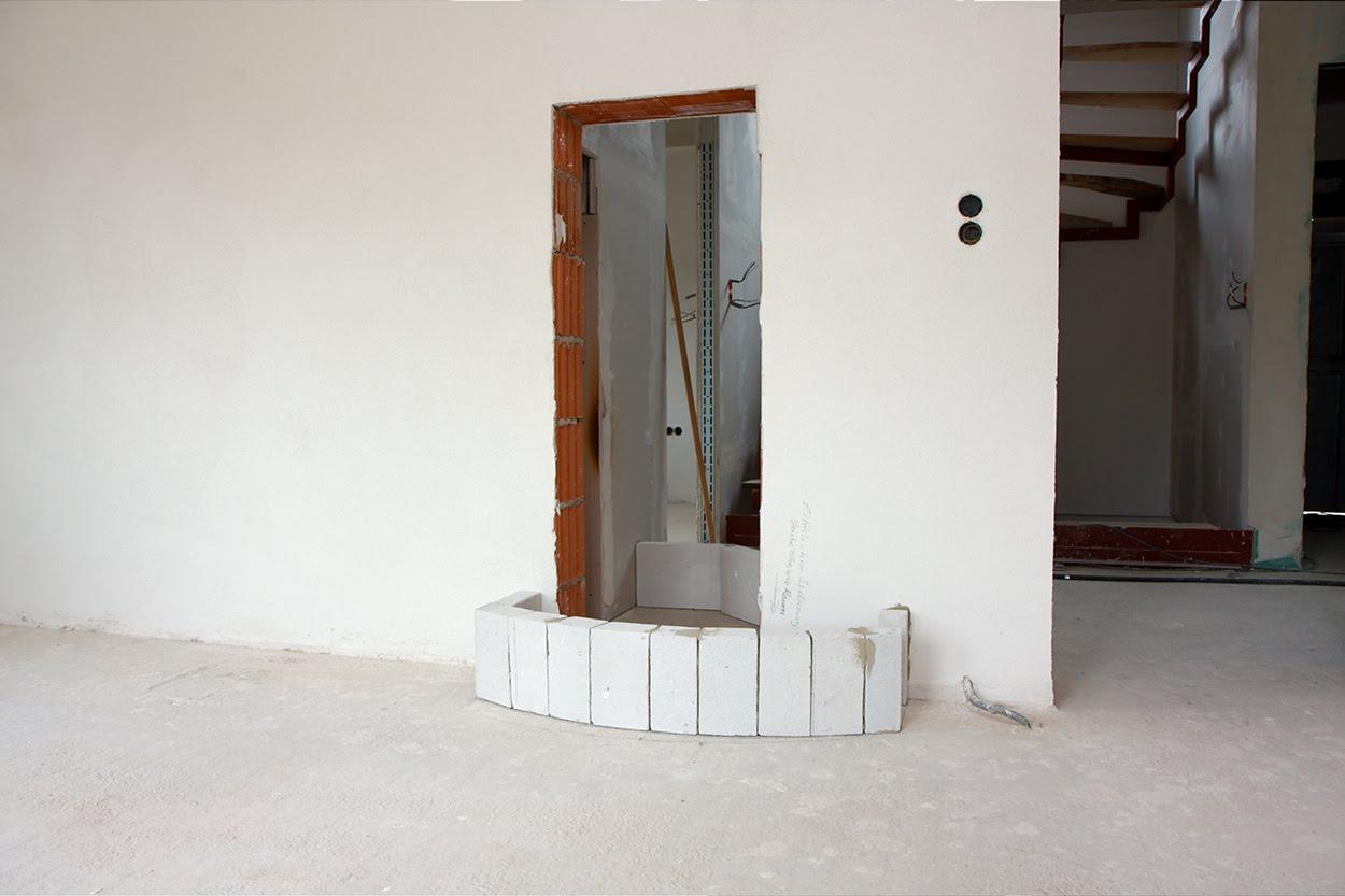 hausbau grundsteinlegung f r den kachelofen. Black Bedroom Furniture Sets. Home Design Ideas