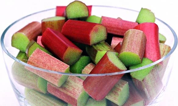 الفواكه Rhubarb.jpg