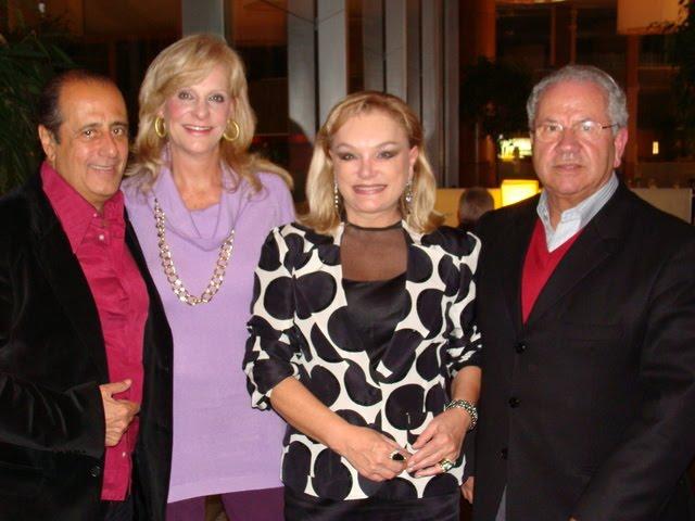 dcd6f8b88f3ed Família reunida para o parabéns  Gianni e Vânia com os filhos Bruno, Gianni  Jr. e Vinícius e a mãe Euzira Cocchieri.