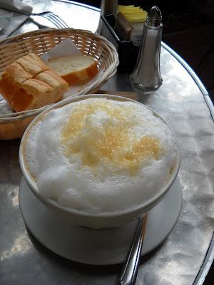 Banana Wonder: Le OC: Bonjour Cafe & Bistro, Dana Point