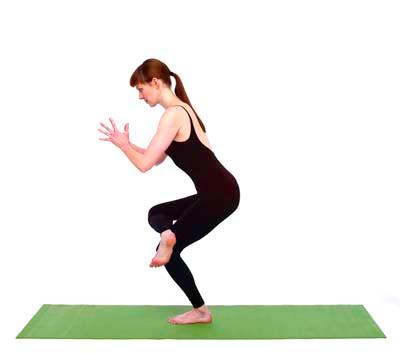yoga kota kinabalu utkatasana
