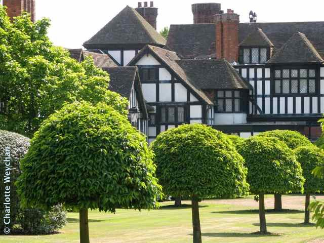 Grand Gardens Of Britain Ascott Where Grand Design Reigns Supreme