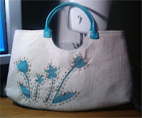 sweet little flower cutout handbag