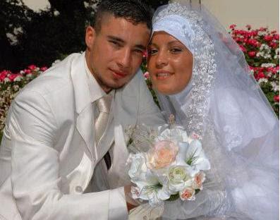 pasidupes polygamie les fran aises musulmanes qui n 39 ont pas le choix. Black Bedroom Furniture Sets. Home Design Ideas