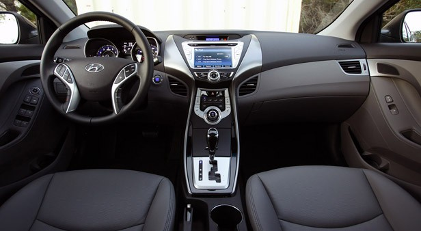 Manly Auto Inside The 2011 Hyundai Elantra