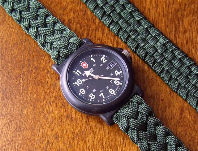 Stormdrane's Blog: Flat braided adjustable paracord watch