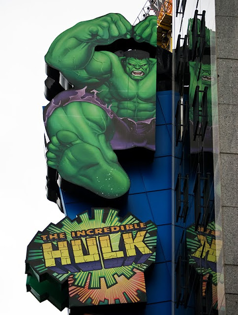 free photo - a sign in Niagara Falls showing the incredible hulk