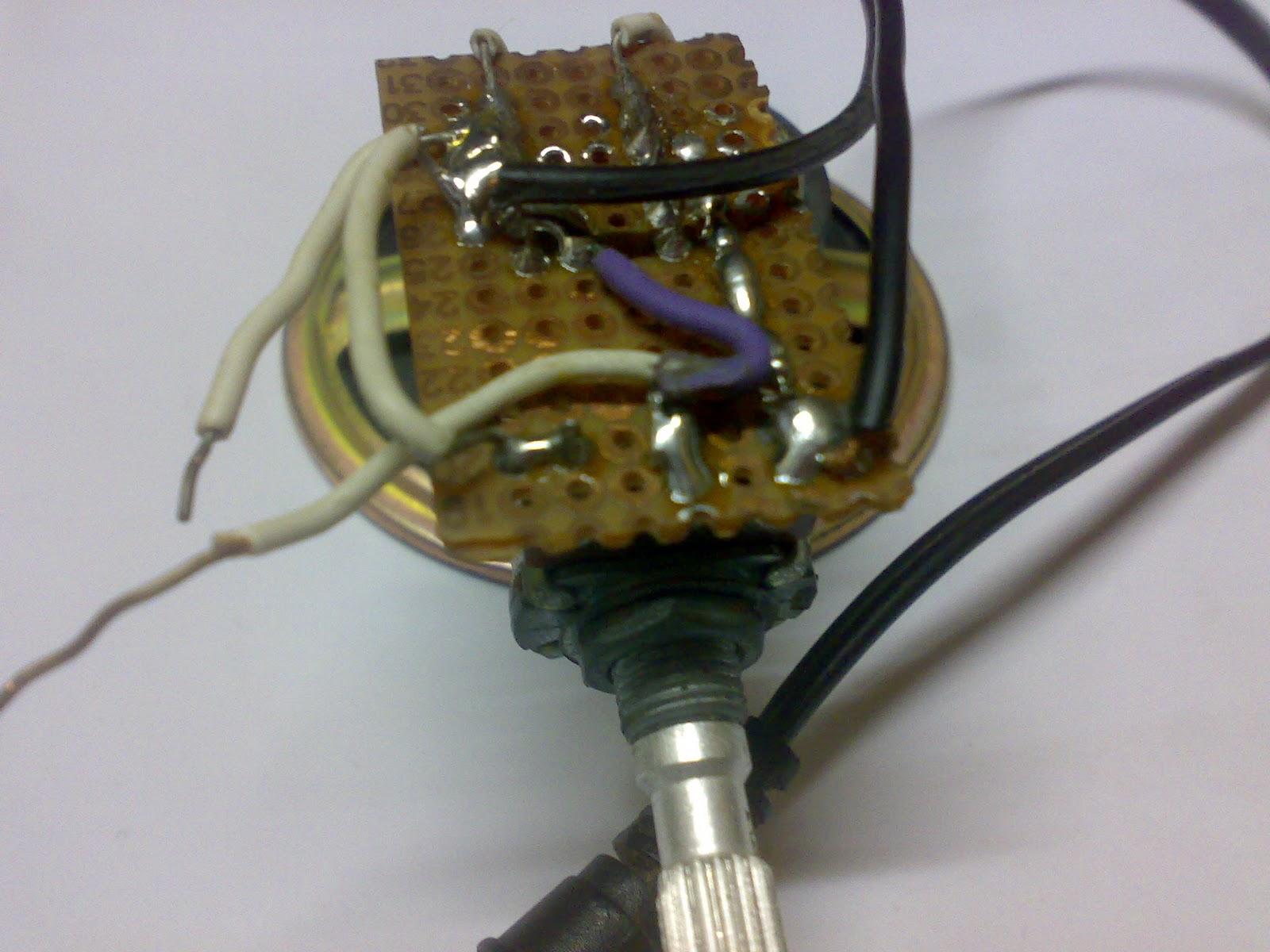 Circuit Desolator Simple Analog Comparator Circuit Using Lm311
