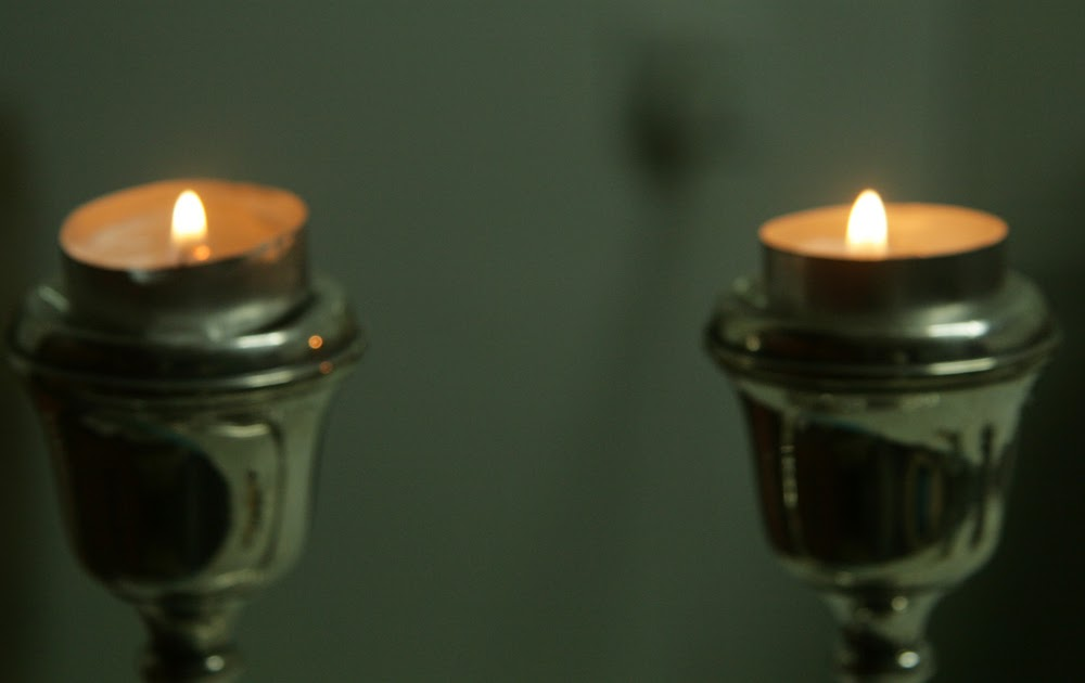 Friday Night Candle Lighting Times