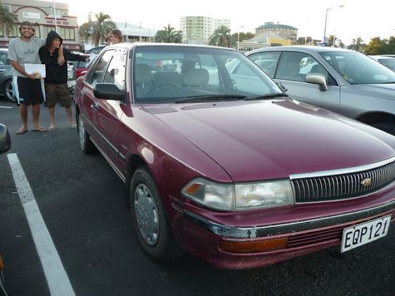 Aquí otra foto de nuestro auto en Nueva Zelanda