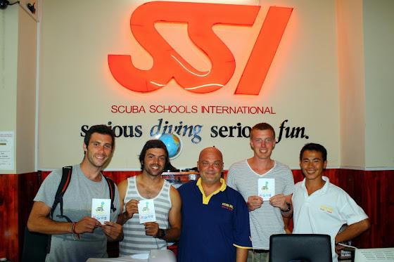 Acá estamos todos con nuestro carnet de SSI