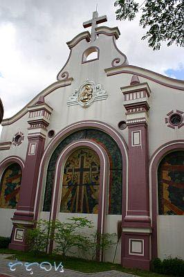 Backpacking Philippines: How to Get to Monasterio de Santa Clara +