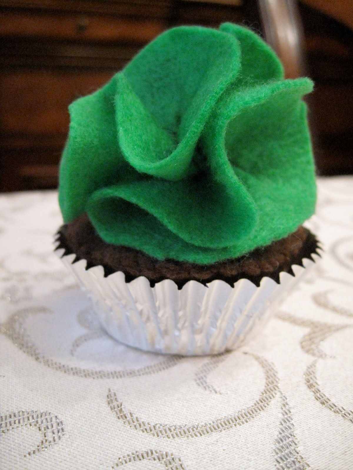 Felt Cupcake And Frosting Tutorial Smashed Peas Amp Carrots