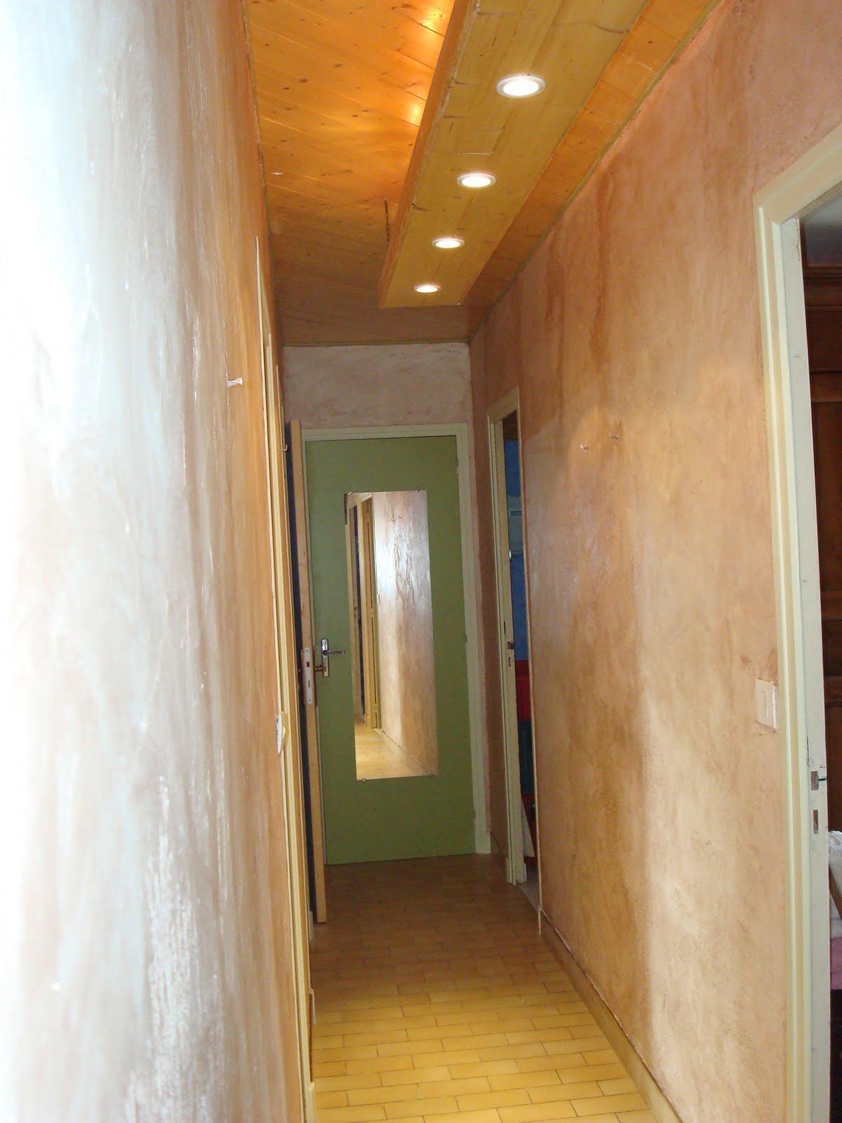 gamingamine26 et voil le travail enduit a cirer couleur. Black Bedroom Furniture Sets. Home Design Ideas