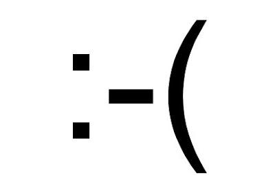Russo patenteia emoticon :-(