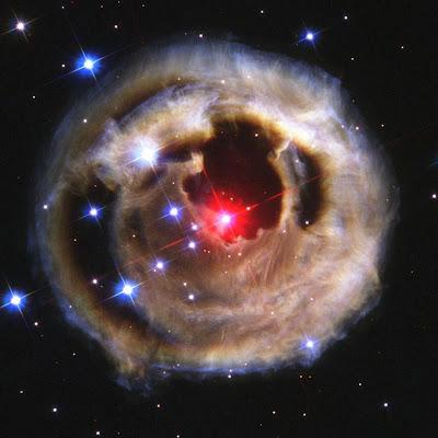 """Até o Hubble precisa de """"upgrade""""..."""