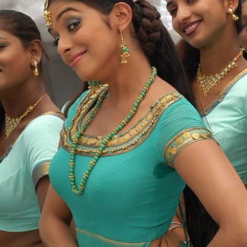 Sweaty Armpits Deepika Padukone « Actress Wallpaper,Images