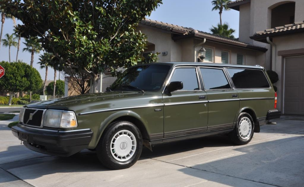 Exposing Scam Artists Who Use Craigslist: 1991 Volvo 240